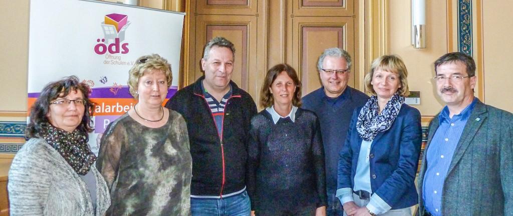 v.l.: Anke Thurow, Sylvia Vierling, Heinz Kissel, Heike Kagel, Ulf Burmeister, Kerstin Hochheim, Dr. Bernd Albrecht