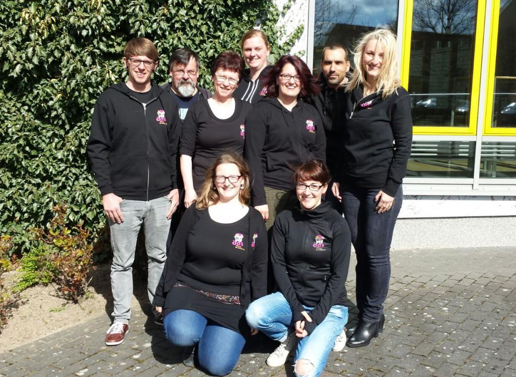 hinten: Michael Grünberg, Tina Schönerstedt, Kai Elsner; Mitte: Erik Hinneburg, Christine Lehmann, Martina Hadlich, Anette Struck; vorn: Franziska Storch, Mandy Jenning